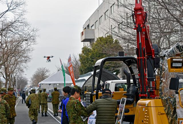 画像2: 兵站フェアに168社 出展|陸自補給統制本部