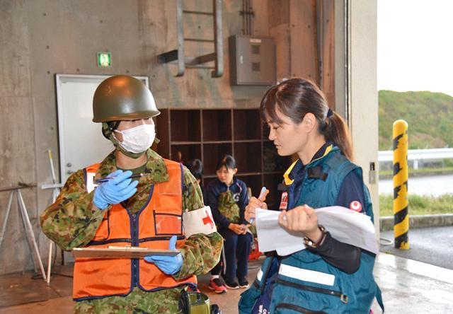 画像4: 県と共催で大地震を想定した実動訓練|陸自15旅団