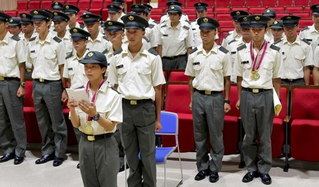 画像: 新隊員の門出祝福 女性自衛官が答辞|北熊本駐屯地