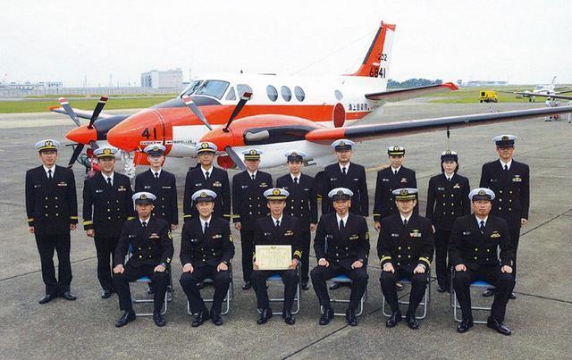 画像: 無事故誘導管制80万回達成|海自徳島航空基地隊
