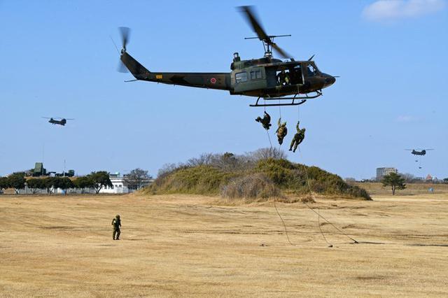 画像3: 1空挺団が降下訓練始め|習志野駐屯地