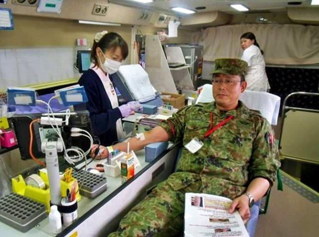 画像: 司令ら隊員106人献血|名寄駐屯地