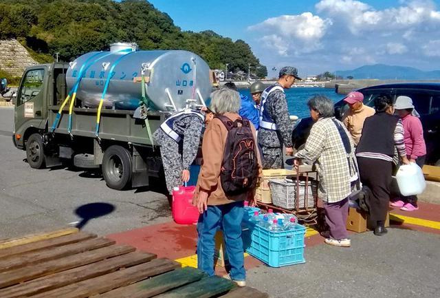 画像: 周防大島断水に災害派遣|空自防府北基地
