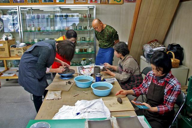 画像: 駐屯地で陶芸教室|岩見沢駐屯地
