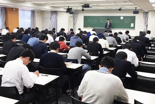 画像: 防衛大1次試験に290人|愛知地本