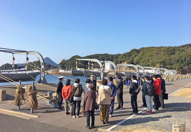 画像1: 護衛艦「あけぼの」体験航海に高校生ら|長崎地本