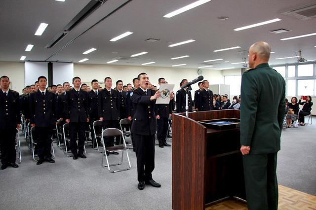 画像1: 自候生75人が入隊|松山駐屯地
