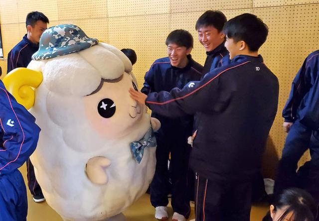 画像5: 高校バスケで自衛隊PR|札幌地本