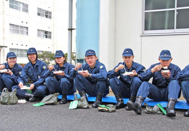 画像7: 警察学校生が自衛隊を体験|三軒屋駐屯地