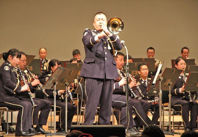 画像3: 陸自東北方音演奏会で自衛隊PR|秋田地本