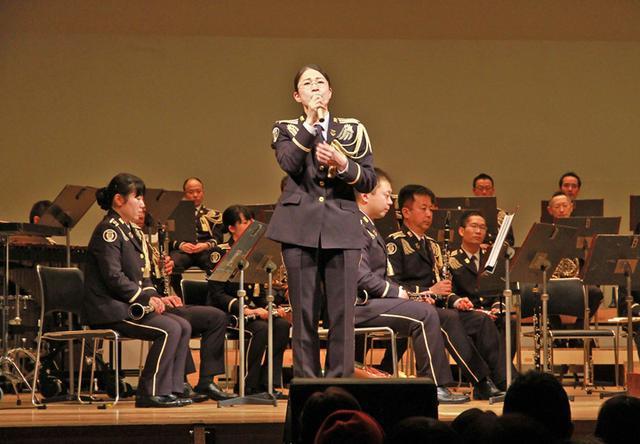 画像4: 陸自東北方音演奏会で自衛隊PR|秋田地本