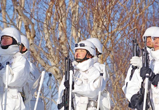 画像12: 恒例の八甲田演習に622人|青森駐屯地