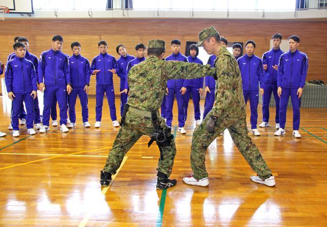 画像2: 警察学校生が自衛隊を体験|三軒屋駐屯地