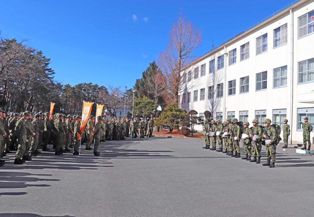 画像8: 3曹昇任者が徒歩行進訓練|北富士駐屯地