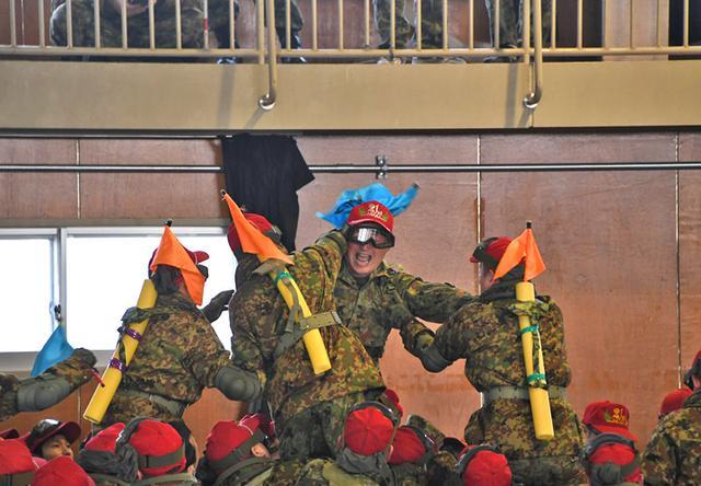 画像5: 中隊対抗騎馬戦、女性隊員も健闘|秋田駐屯地