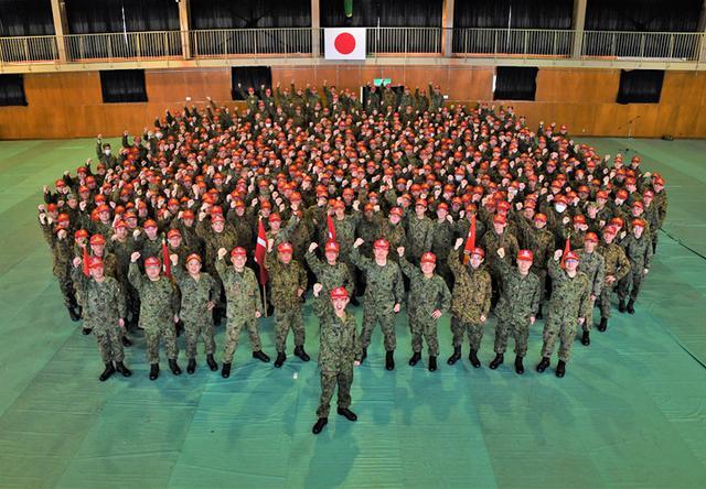 画像6: 中隊対抗騎馬戦、女性隊員も健闘|秋田駐屯地