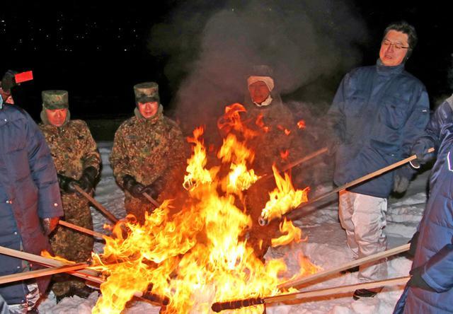 画像5: 曹友会「北の天文字焼き」に協力|名寄駐駐屯地