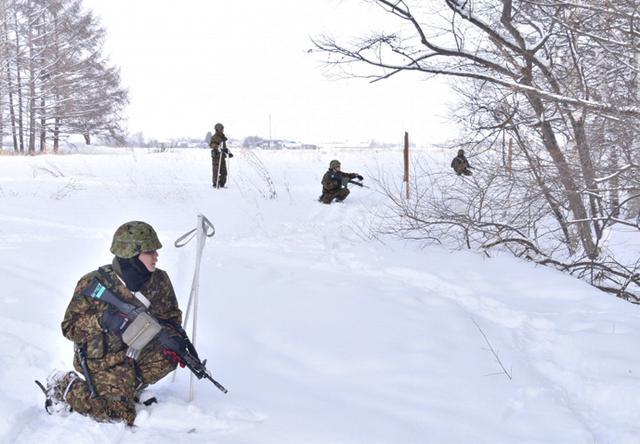 画像7: 氷点下でのスキー行進・総合戦闘訓練|美幌駐屯地