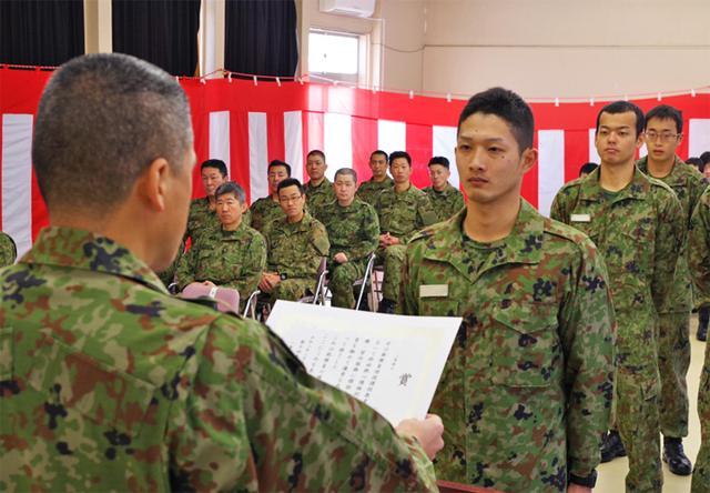 画像1: 新隊員7人が特技課程修了|金沢駐屯地