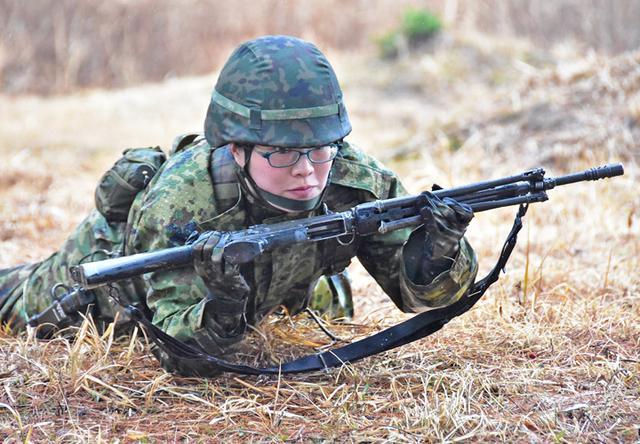 画像1: 予備自衛官が小銃射撃・戦闘訓練|豊川駐屯地