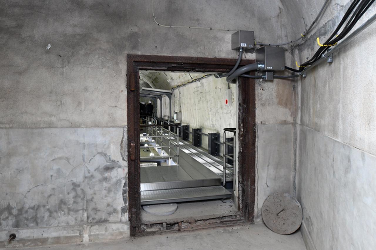 画像: 扉自体は、さすがにもうない