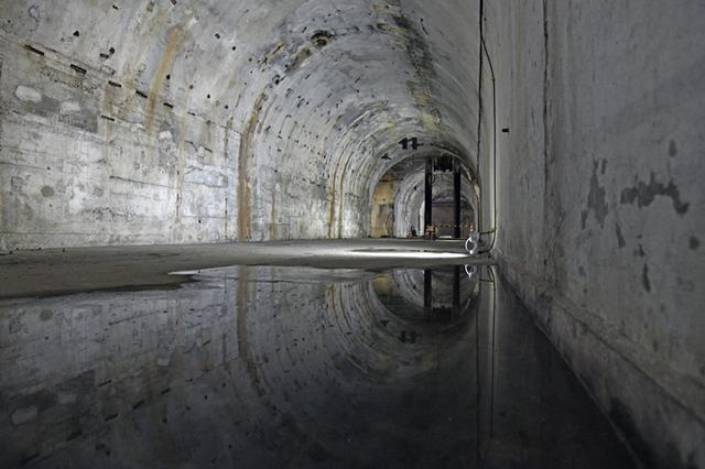 画像: 整備中の部分への立ち入りはできないが、遠目から見ることができる