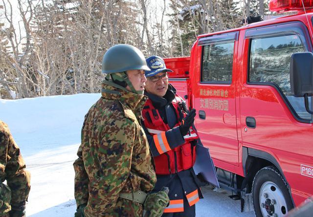 画像3: 消防と冬山遭難の共同訓練、連携強化|美幌駐屯地