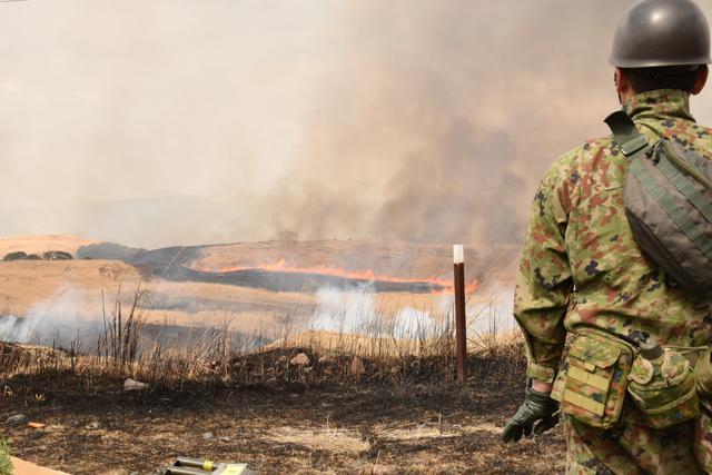 画像6: 霧島演習場 野焼き支援|都城駐屯地