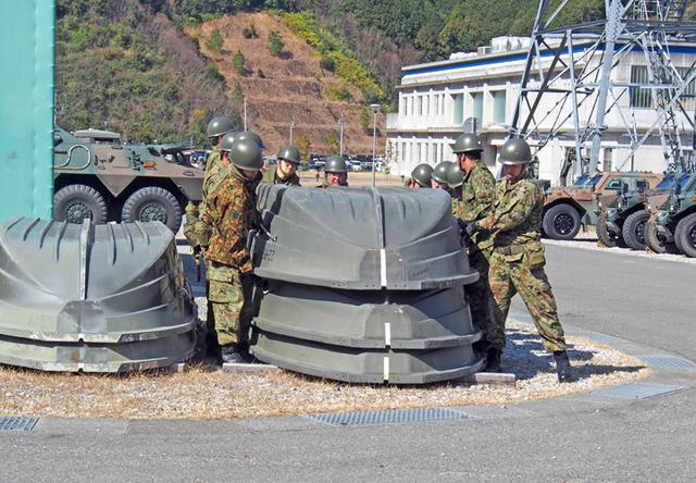 画像3: 東海地震想定し大規模訓練|陸自14旅団