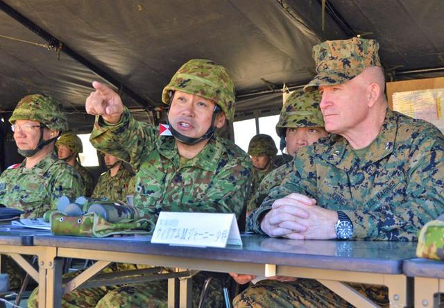 画像2: 日米射撃競技会 51普連3中隊の分隊が優勝|陸自15旅団