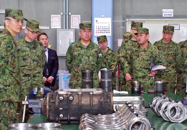 画像3: 北方総監が初度視察、隊員と懇談|陸自北海道補給処