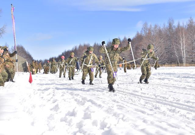 画像3: 冬季戦技競技会 スキー機動能力向上|美幌駐屯地