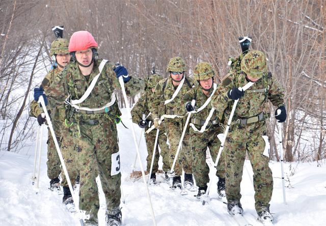 画像6: 冬季戦技競技会 スキー機動能力向上|美幌駐屯地