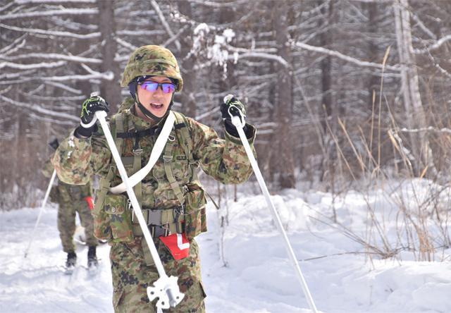 画像1: 冬季戦技競技会 スキー機動能力向上|美幌駐屯地