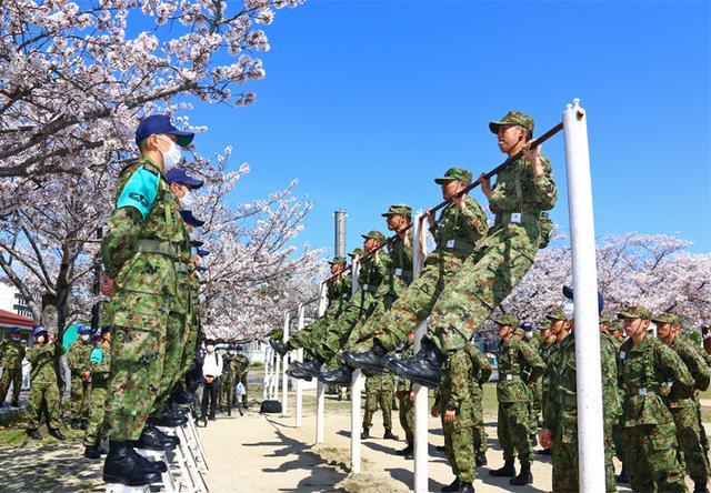 画像1: レンジャー教育に隊員30人|陸自13旅団