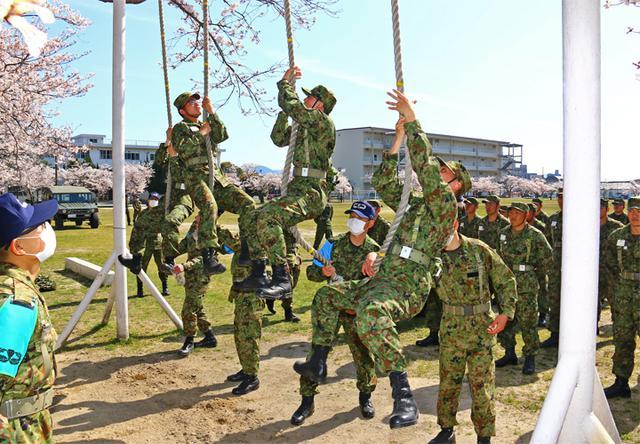 画像9: レンジャー教育に隊員30人|陸自13旅団