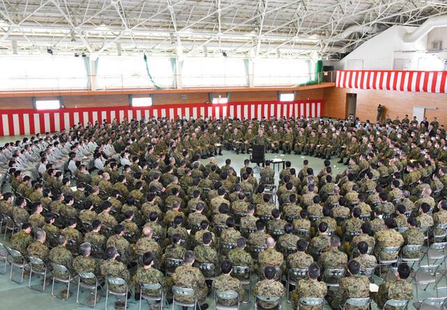 画像5: 北方総監が初度視察、隊員と懇談|陸自北海道補給処