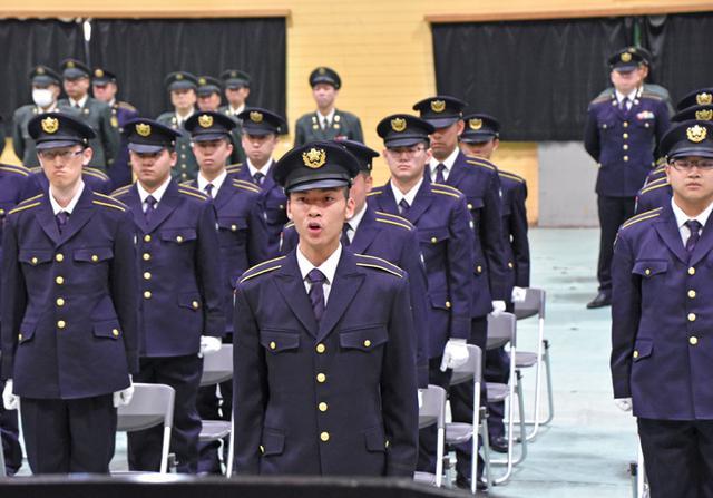 画像1: 「社会人としての責務を」自衛官候補生入隊式|釧路駐屯地