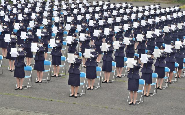 画像3: 曹候生・自候生1600人が入隊|武山駐屯地、朝霞駐屯地