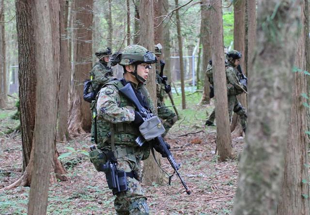 画像2: 対テロ作戦のノウハウを部隊に普及|板妻駐屯地