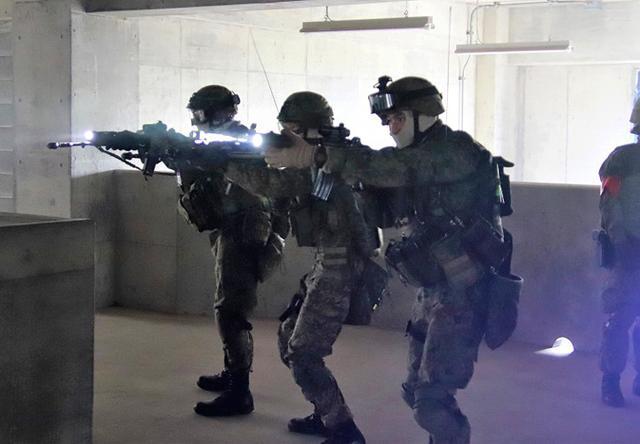 画像7: 対テロ作戦のノウハウを部隊に普及|板妻駐屯地