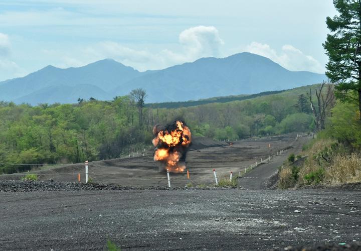 画像3: 70式地雷原 設置から爆破まで演練|豊川駐屯地