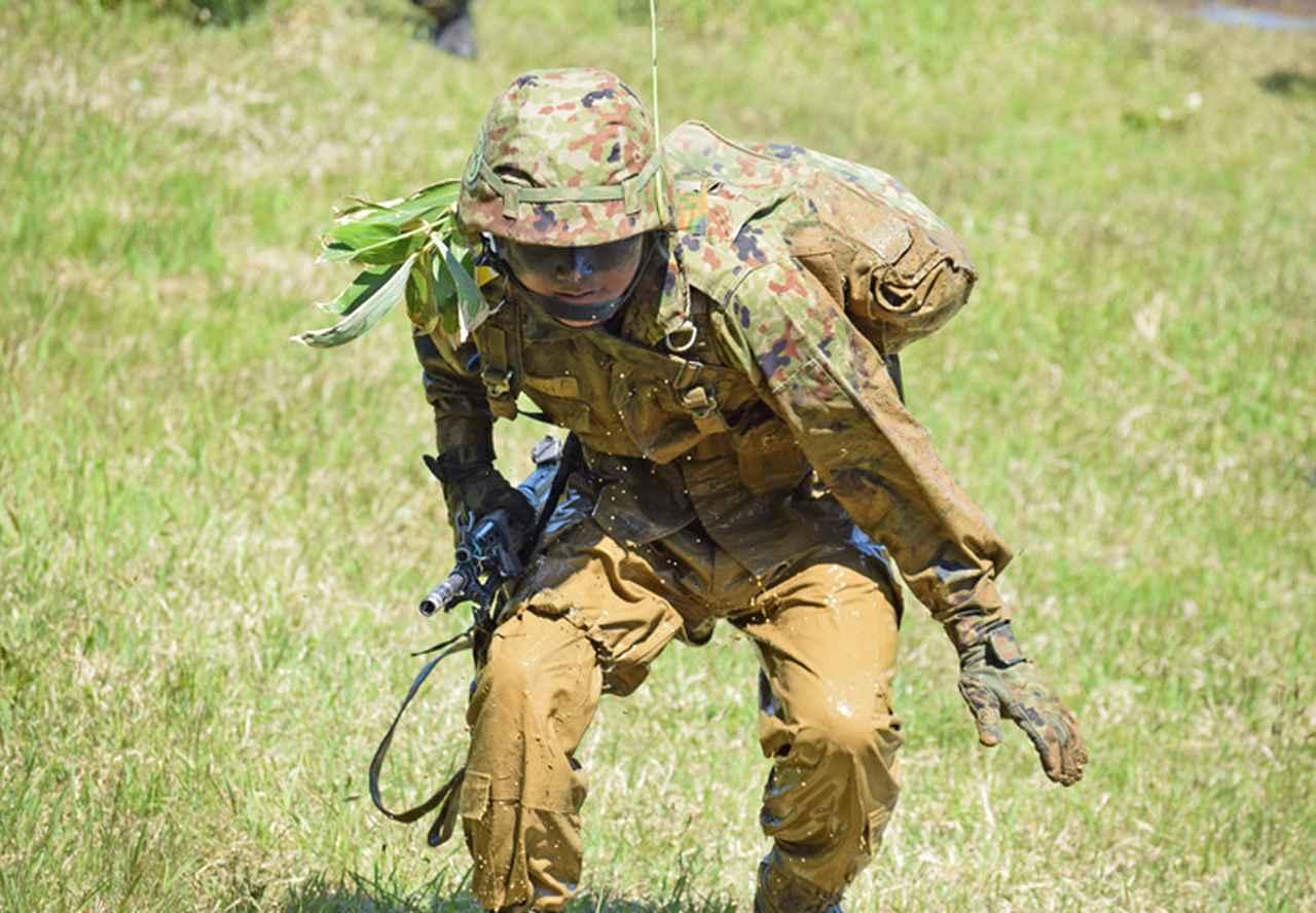 画像6: 自衛官候補生32人が戦闘訓練 青森駐屯地