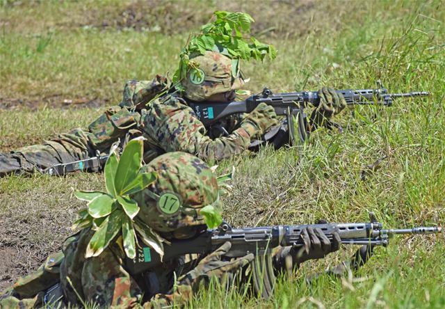 画像4: 自衛官候補生32人が戦闘訓練|青森駐屯地
