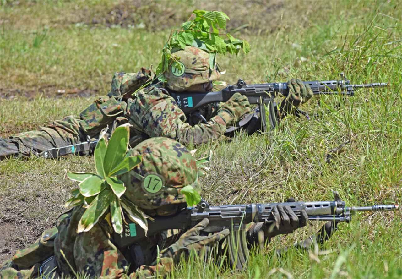 画像4: 自衛官候補生32人が戦闘訓練 青森駐屯地