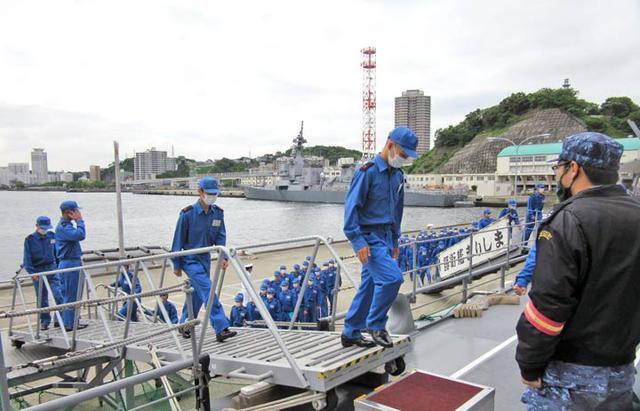 画像2: 曹候生・自候生116人がイージス艦内を見学|海自護衛艦「きりしま」