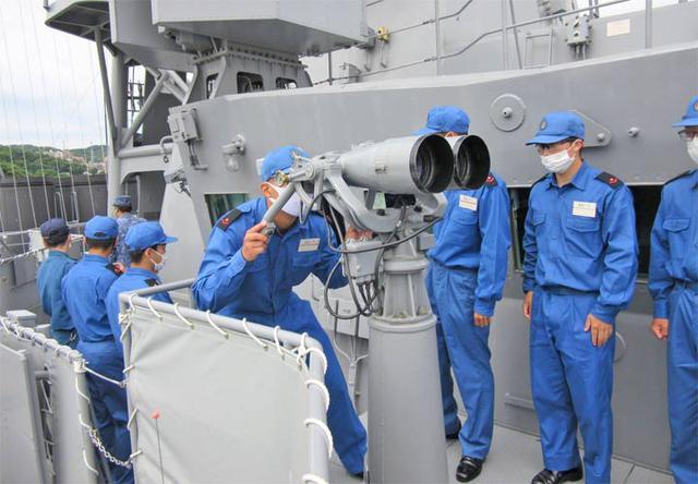 画像4: 曹候生・自候生116人がイージス艦内を見学|海自護衛艦「きりしま」