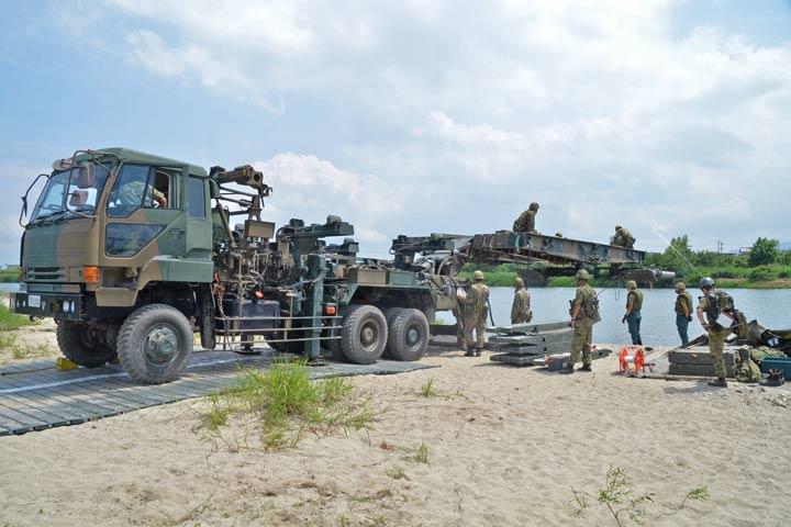 画像9: 中部方面施設科練度維持訓練に300人 大久保駐屯地