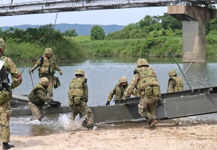 画像4: 中部方面施設科練度維持訓練に300人 大久保駐屯地