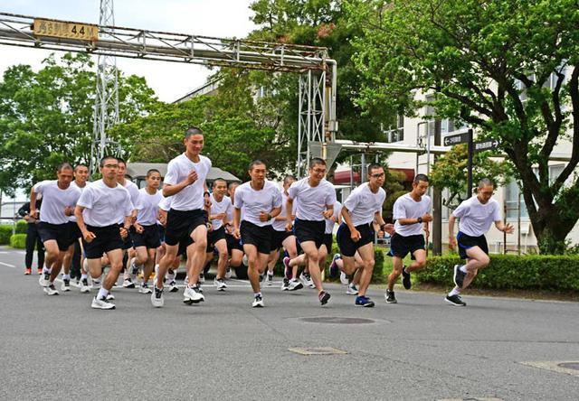 画像15: 自衛官候補生53人、新たな旅立ち|都城駐屯地